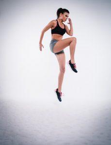 esercizi fai da te aumento seno