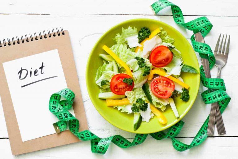 Dieta dell'insalata per perdere peso: funziona davvero?